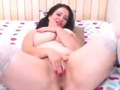 Thick and horny mother