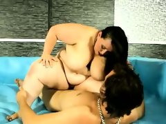 Extremely huge sbbw brunettes wrestle..