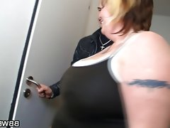 Huge bbw gives head and gets banged in..