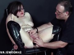 Pussy punishment of english amateur..