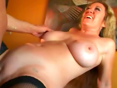 Curvy milf with great big tits laid