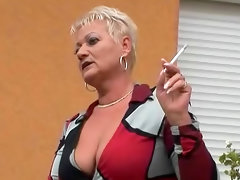 Chubby mature slut goes black in..