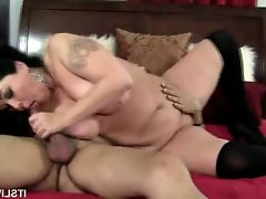 BBW Alexis Gives That Cock A Workout